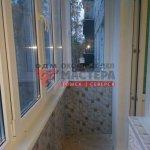 Остекление балкона с отделкой в Томске