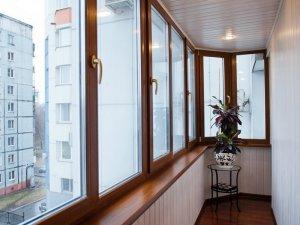 остекление балконов в томске недорого